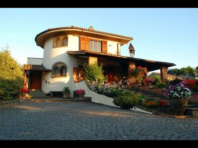 Bed and Breakfast Villa La Castagnola