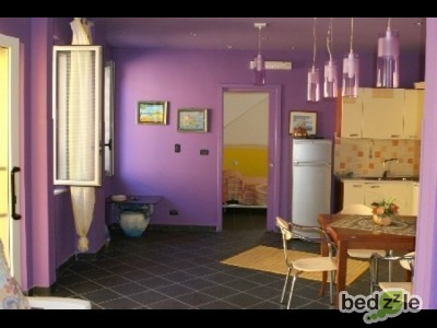 Bed and breakfast reggio calabria bed and breakfast stop for Camera da letto principale e piani di piano bagno aggiunta