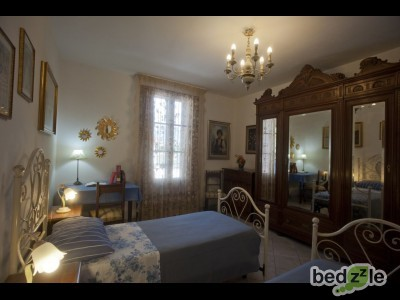 bed and breakfast pisa bed and breakfast alfieri. Black Bedroom Furniture Sets. Home Design Ideas