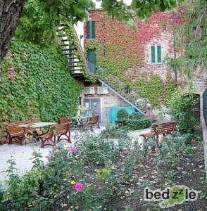 Casa vacanza livorno casa vacanza il chiostro - Casa con giardino livorno ...