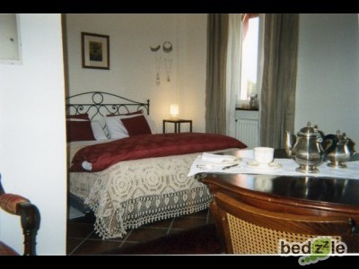 bed and breakfast torino bed and breakfast cascina nel bosco. Black Bedroom Furniture Sets. Home Design Ideas