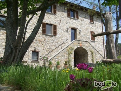 Bed and breakfast parma bed and breakfast casale for Piscina sambuceto
