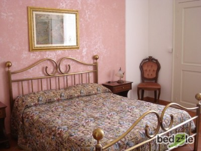 Bed and breakfast siracusa bed and breakfast il sof - Camera da letto rosa ...