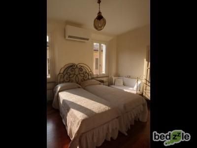 Camera da letto 201