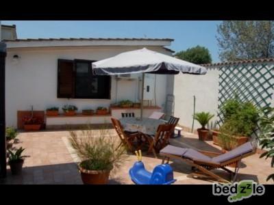 Casa vacanza roma casa vacanza la barba di giove short rental for Casa vacanza roma