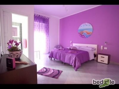 Bed and breakfast trapani, bed and breakfast l'angolo di laura